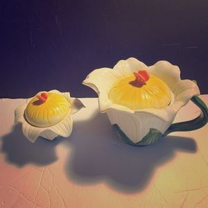 Daffodil Ambiance Collection Set of Jars